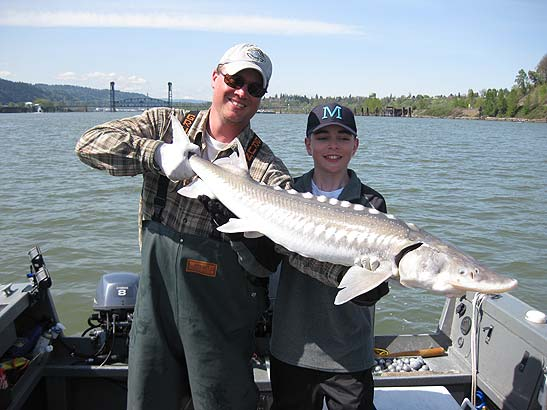 Willamette River Sturgeon Fishing
